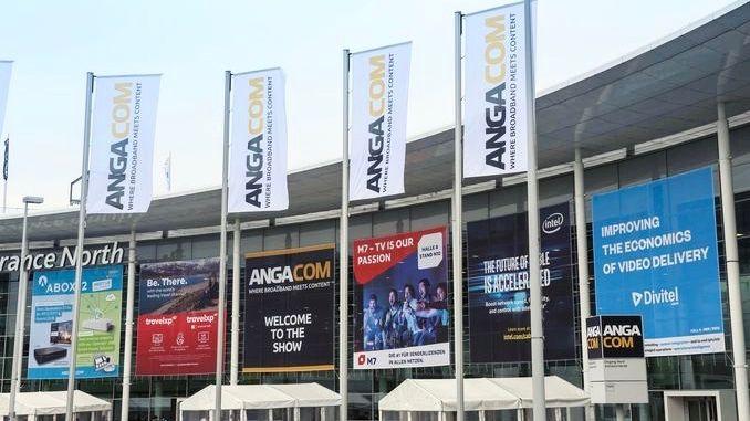 Smart Intégrations Mag, Audio, Vidéo, Sécurité, Smart Building et Réseaux - Entrée du salon Anga Com 2018.