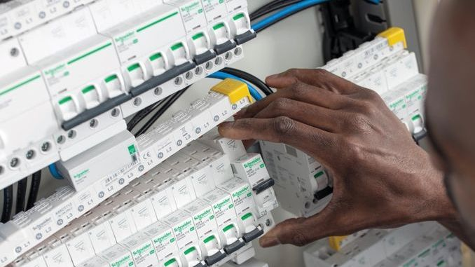 Smart Intégrations Mag, Audio, Vidéo, Sécurité, Smart Building et Réseaux – Nouveau tableau électrique connecté de Schneider Electric.